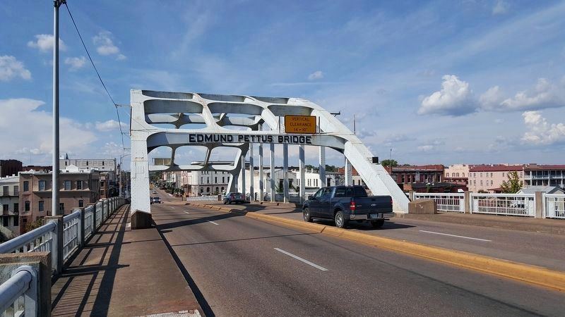 Edmund Pettus Bridge across Alabama River image. Click for full size.
