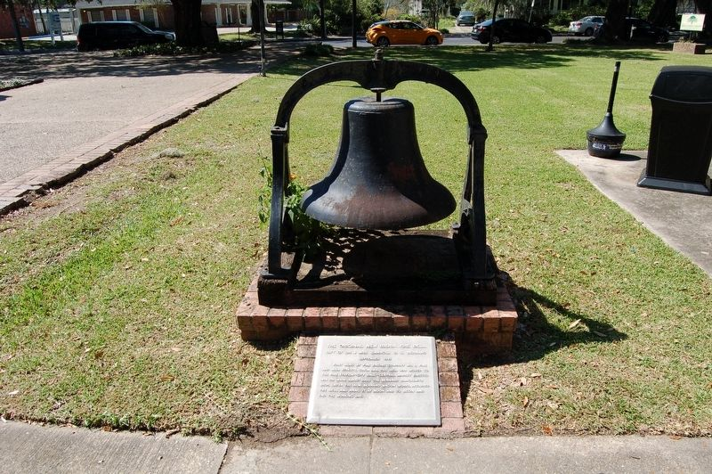 The Original New Iberia Fire Bell Marker image. Click for full size.