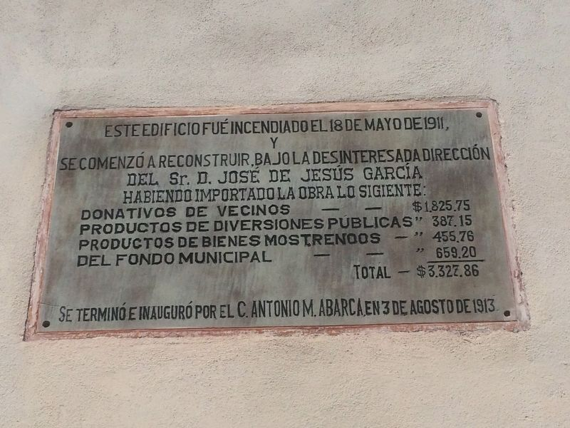 Additional marker on the burning of the Municipality in 1911. image. Click for full size.
