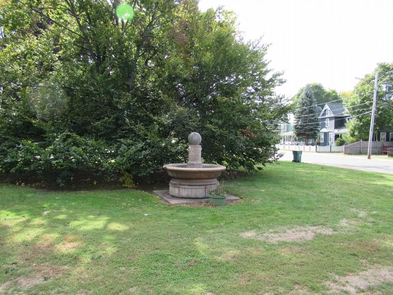Revolutionary War Soldiers of Orford Parish Memorial image. Click for full size.