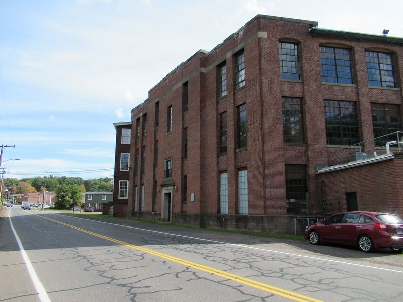 The Hilliard Mills Building image. Click for full size.