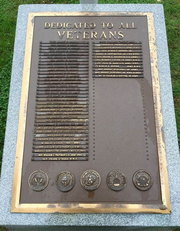 Rolling Green Cemetery Veterans' Memorial Marker image. Click for full size.