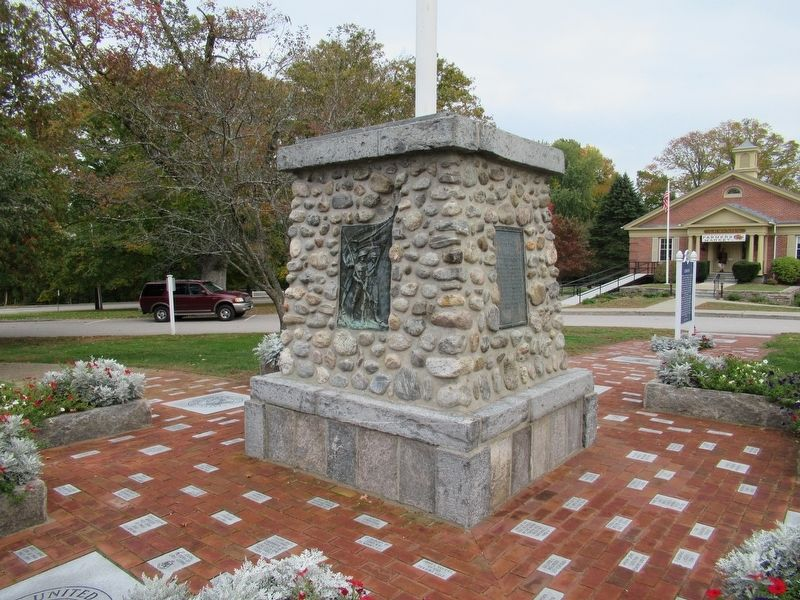 Lebanon Veterans Monument image. Click for full size.