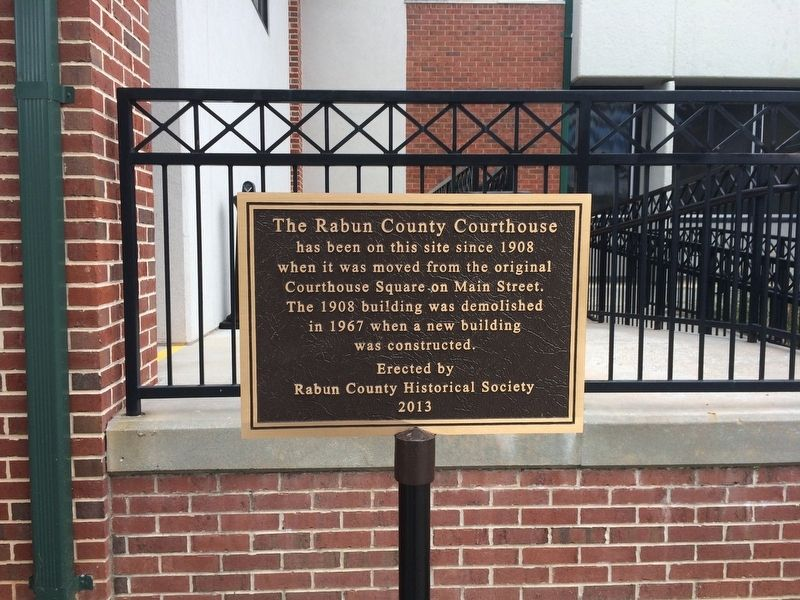 The Rabun County Courthouse Marker image. Click for full size.