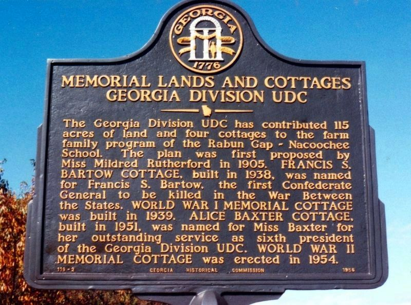Memorial Lands and Cottages Marker image. Click for full size.