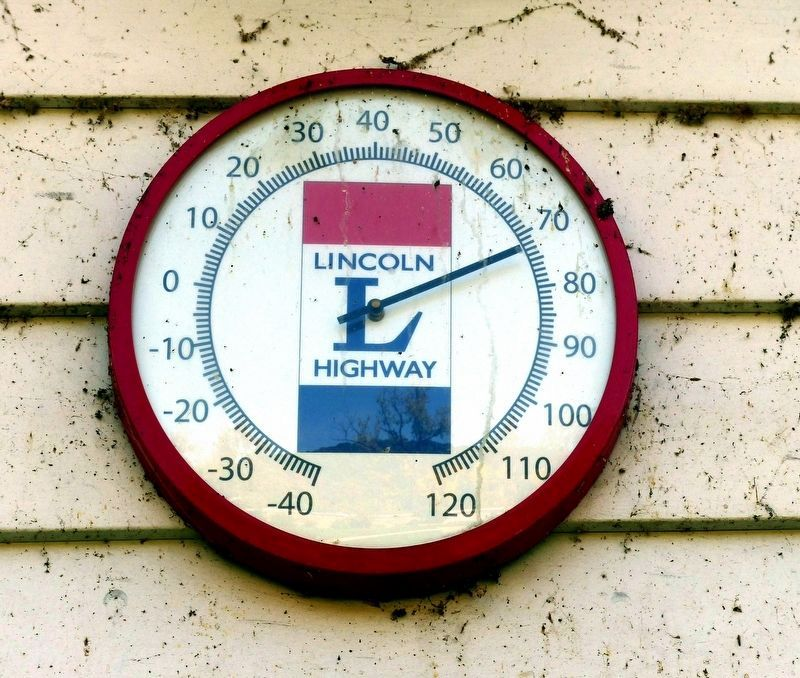 Lincoln Highway Thermometer<br>at Johnston House image. Click for full size.