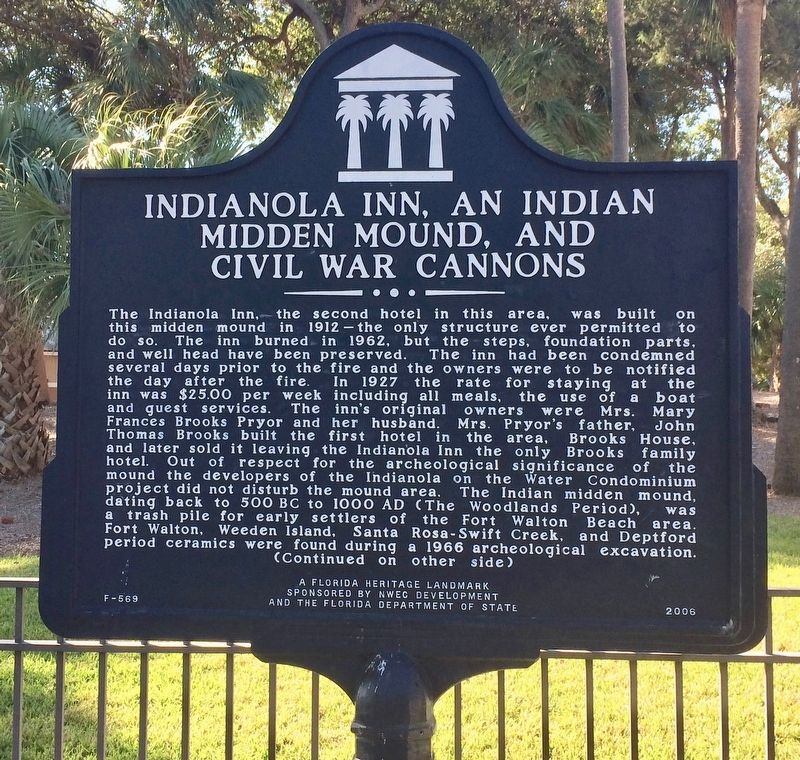 Indianola Inn, An Indian Midden Mound, and Civil War Cannons Marker (Side 1) image. Click for full size.