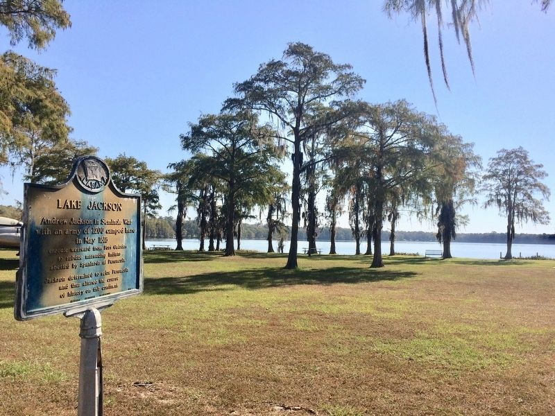 Marker and Lake Jackson in background. image. Click for full size.