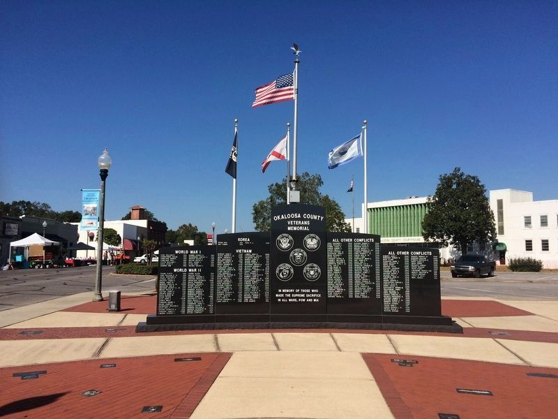 Okaloosa County Veterans Memorial Plaza on south side of County Courthouse. image. Click for full size.