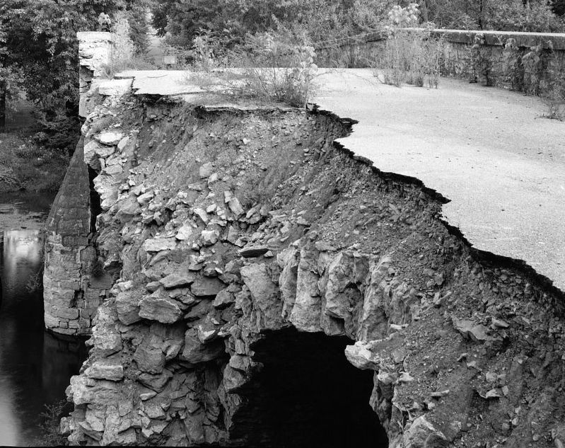 Collapsed Roadway, 1983 image. Click for full size.