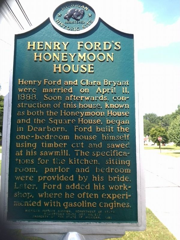 Henry Ford's Honeymoon House Marker - Side 1 image. Click for full size.