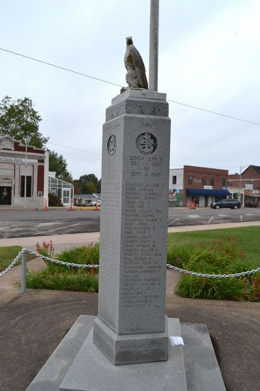 Webster County War Memorial image. Click for full size.