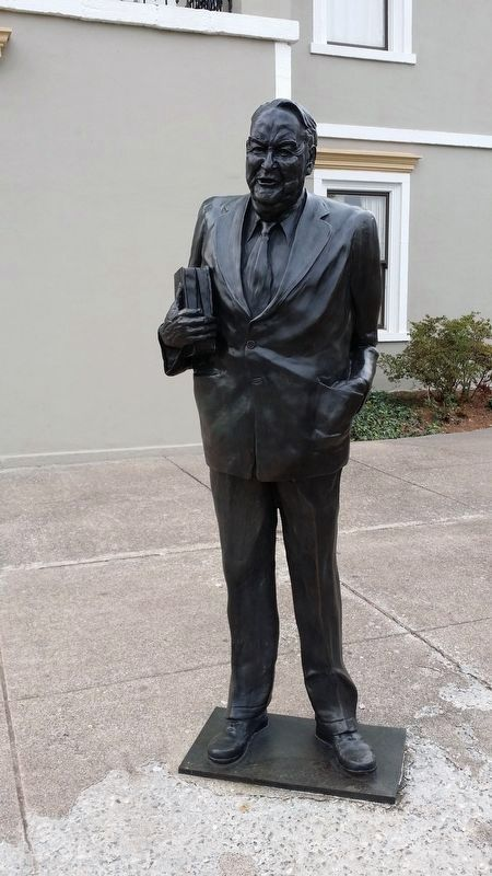 Sam J. Ervin, Jr. statue image. Click for full size.