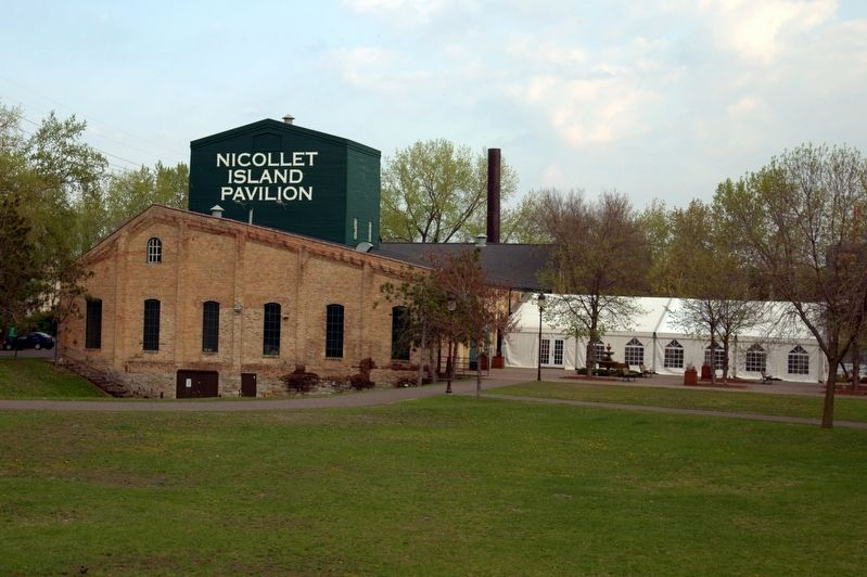 Nicollet Island Pavilion image. Click for full size.