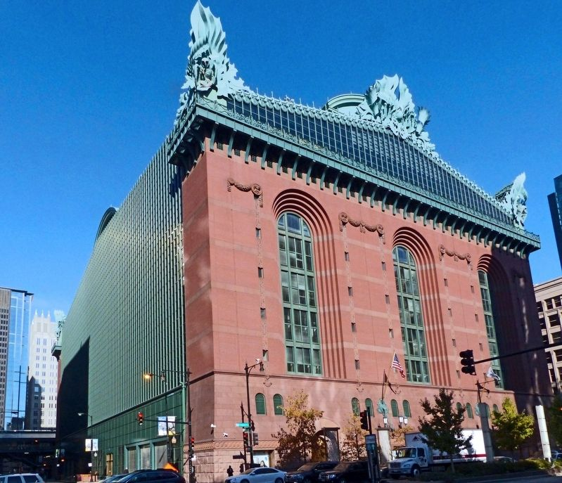 Harold Washington Library image. Click for full size.