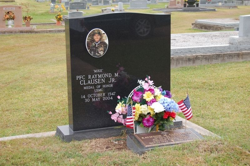"PFC Raymond ""Mike"" Clausen, Jr. Grave Marker image. Click for full size."