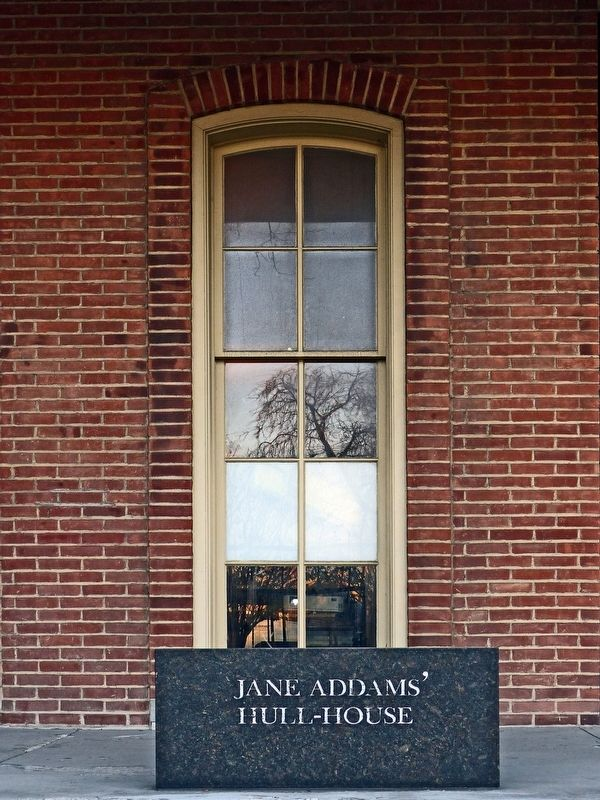 Jane Addams' Hull House image. Click for full size.