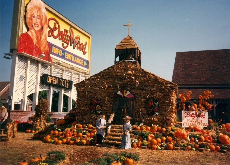 Dollywood image. Click for full size.