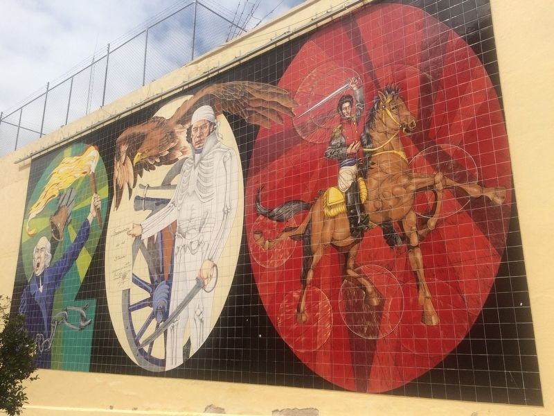 A nearby mural of the Mexican Heroes of Independence image. Click for full size.