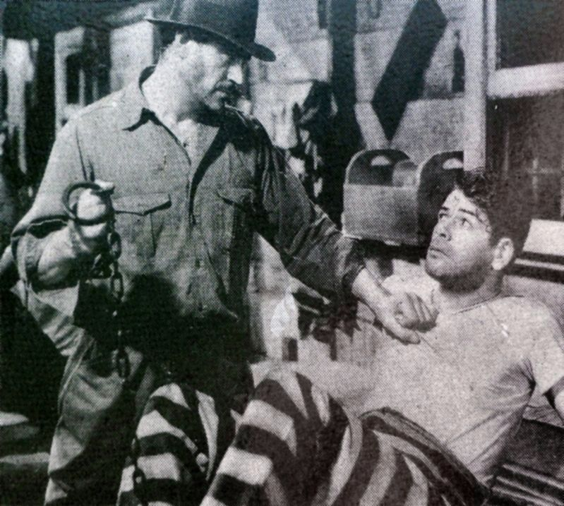 Paul Muni in <i>I Am a Fugitive from a Chain Gang</i> image. Click for full size.