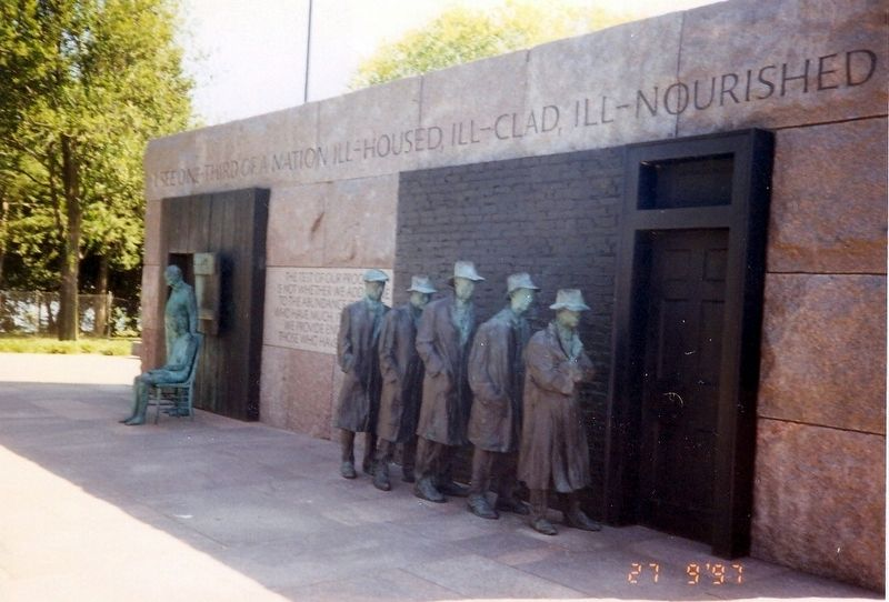 Franklin Delano Roosevelt Memorial image. Click for full size.
