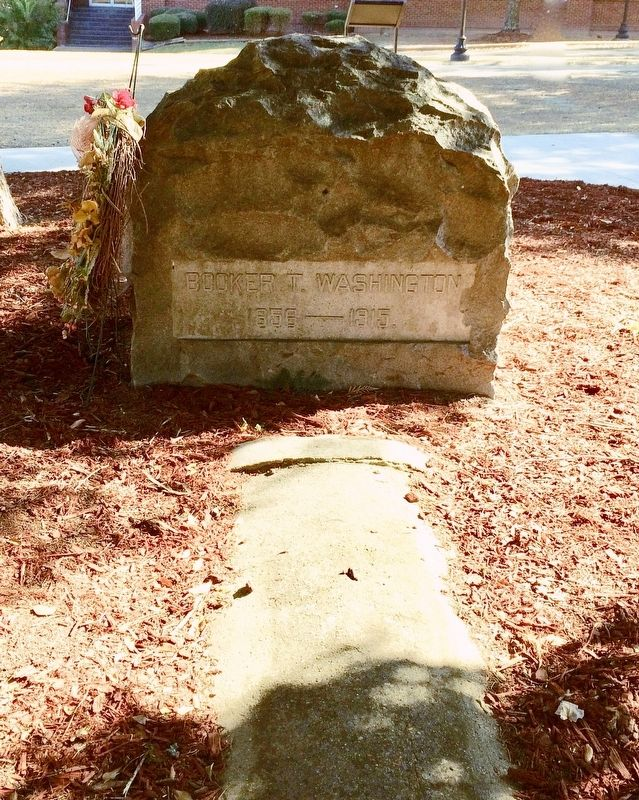 Gravesite of Booker T. Washington at the Tuskegee Cemetery. image. Click for full size.