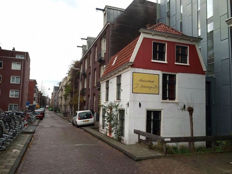 Polderhuisje (Polder House) and Marker - Looking East on Rustenburgerstraat image. Click for full size.