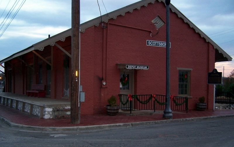Scottsboro Railroad Depot image. Click for full size.