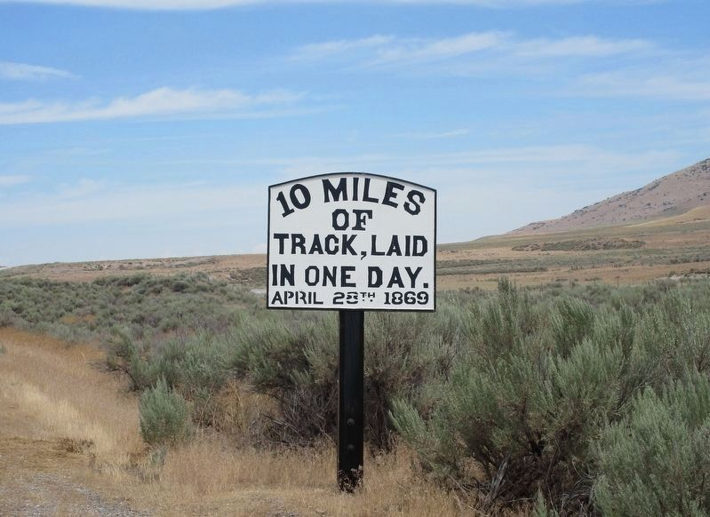 Ten Miles of Track Marker image. Click for full size.