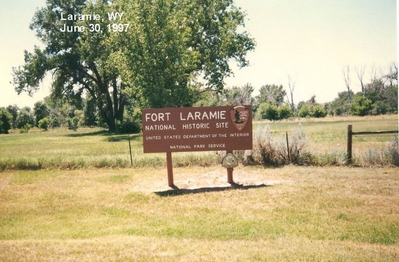 Sign at the entrance to Fort Laramie National Historic Site image. Click for full size.