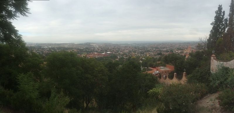 A view of San Miguel de Allende from near the Pedro Vargas marker image. Click for full size.
