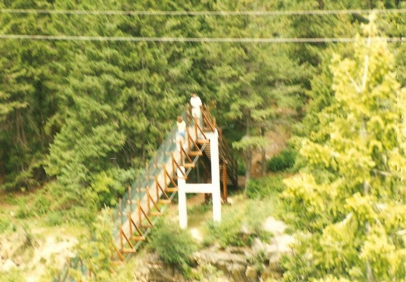 Kootenai Falls Swinging Bridge-(beginning of it) image. Click for full size.