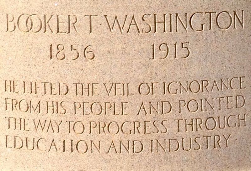 Booker T Washington Statue image. Click for full size.
