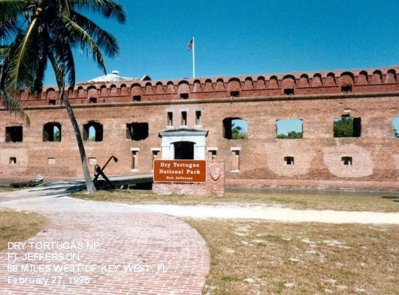 Sign at the entrance to Dry Tortugas National Park-Fort Jefferson image. Click for full size.