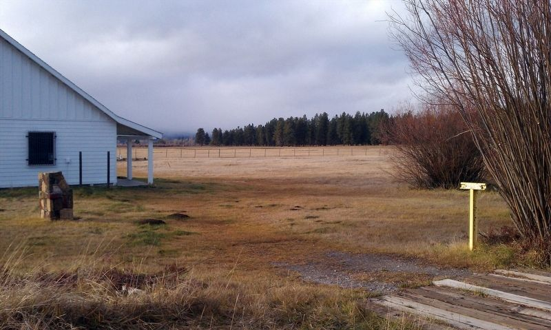 Fort Klamath County Park Museum grounds image. Click for full size.