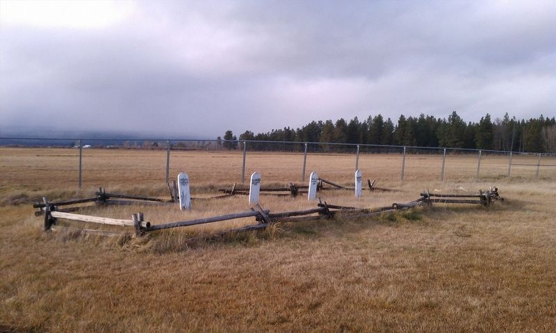 Modoc Warrior Graves image. Click for full size.