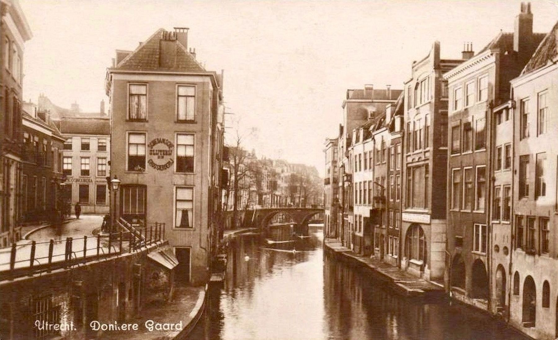 View from the Maartensbrug More Than 80 Years Ago image. Click for full size.