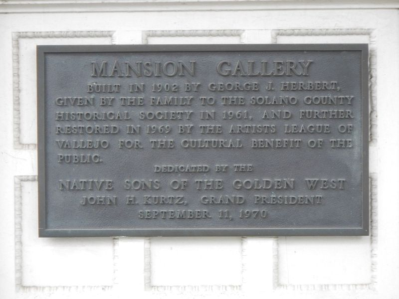 Mansion Gallery Marker image. Click for full size.