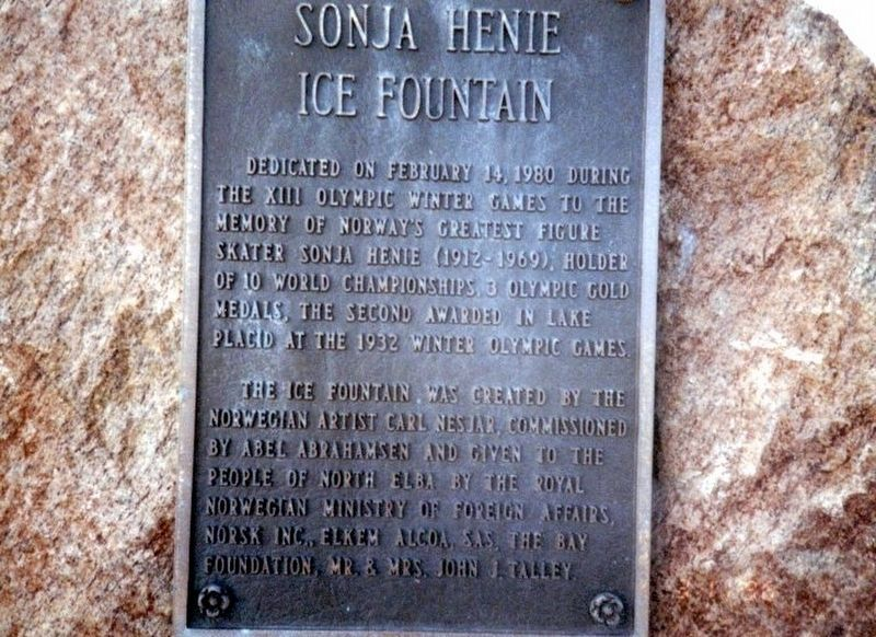 Sonja Henie Ice Fountain Marker image. Click for full size.