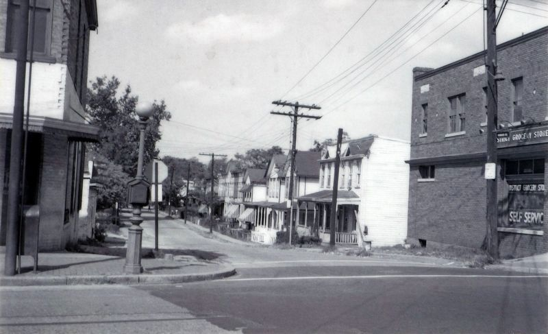 Howard Road, 1951 image. Click for full size.