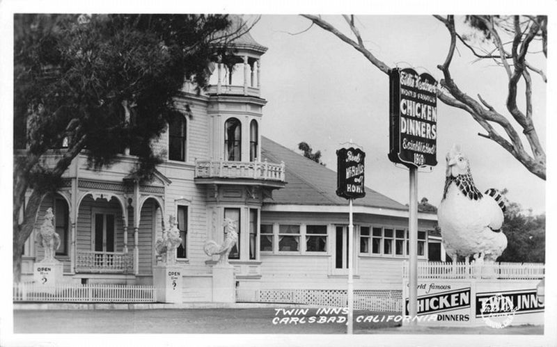 Twin Inns, Carlsbad, California image. Click for full size.