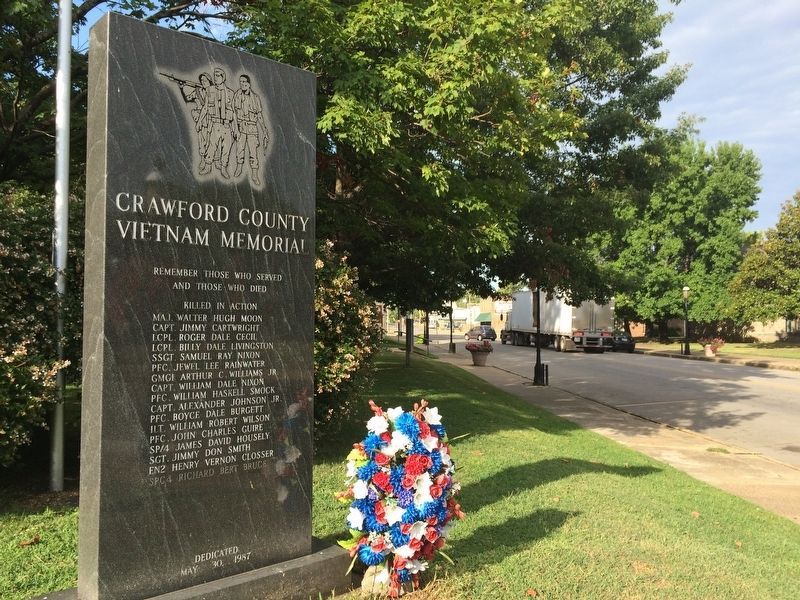 Crawford County Vietnam Memorial looking west on Main Street. image. Click for full size.