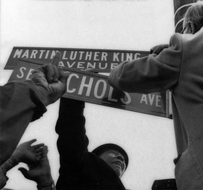 Nichols Avenue becomes Martin Luther King Jr. Avenue image. Click for full size.
