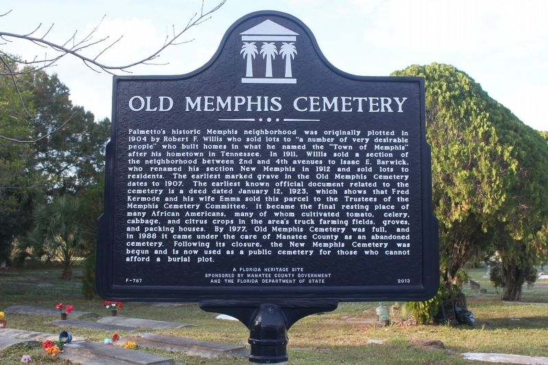 Old Memphis Cemetery Marker image. Click for full size.