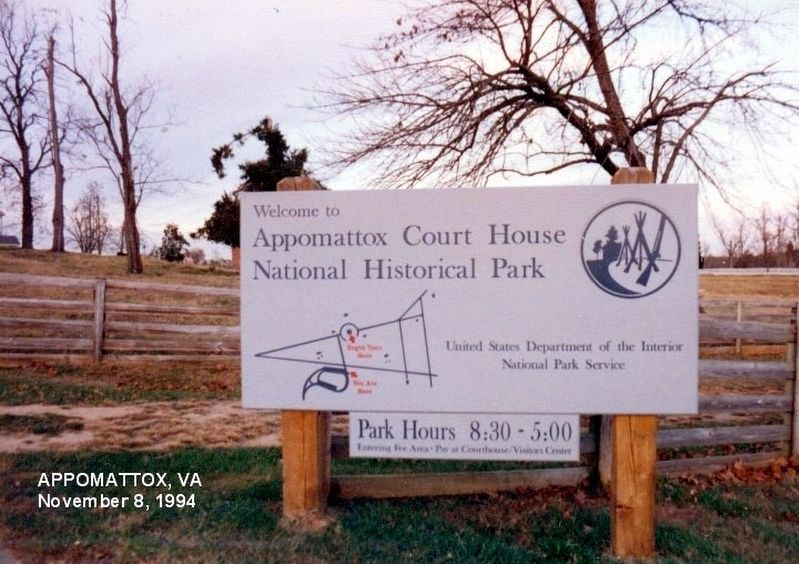 Sign at the entrance to the Historical Park image. Click for full size.