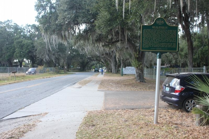 Bealsville Marker looking west on Nesmith Road. image. Click for full size.