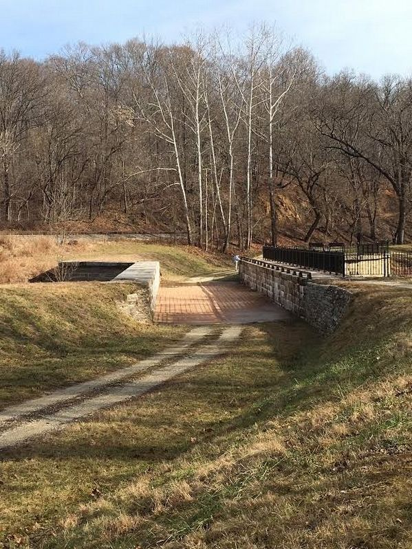 The Catoctin Aqueduct image. Click for full size.