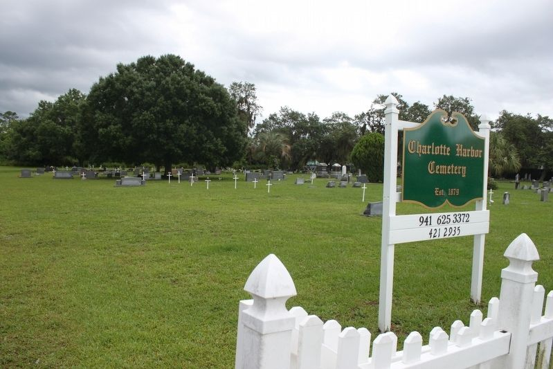 Charlotte Harbor Cemetery image. Click for full size.