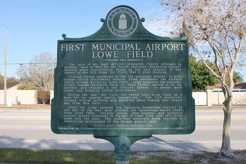 First Municipal Airport Lowe Field Marker Reverse image. Click for full size.