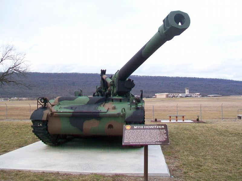 M110 Howitzer and Marker image. Click for full size.